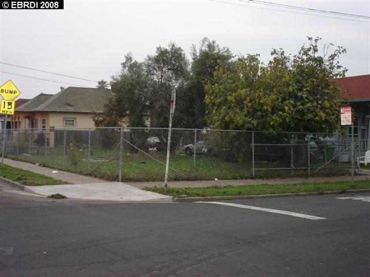 S 8th St Richmond CA. Photo 2 of 7