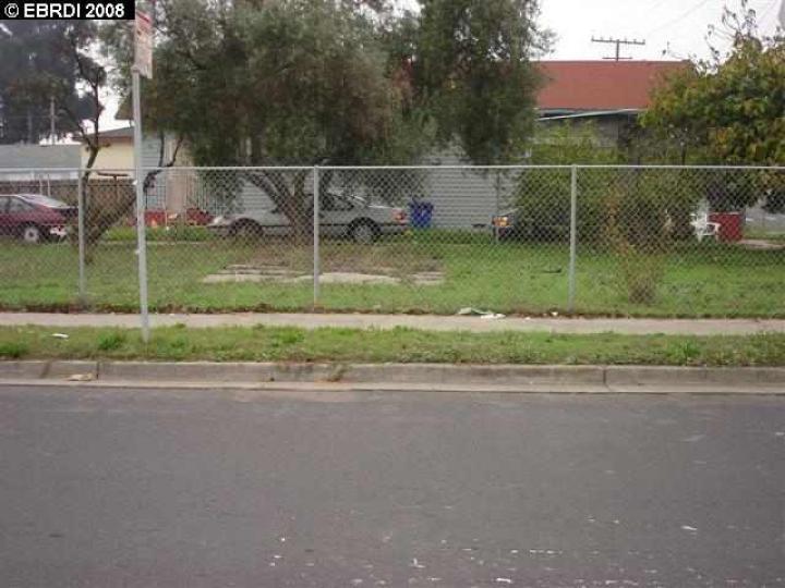 S 8th St Richmond CA. Photo 4 of 7