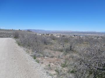 00 Thieme Ln, Under 5 Acres, AZ