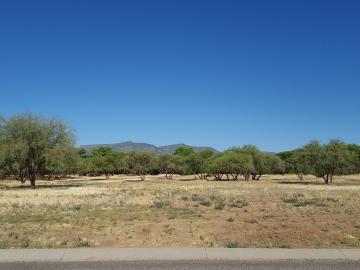 1036 E Amber Way, Pebble Rock, AZ
