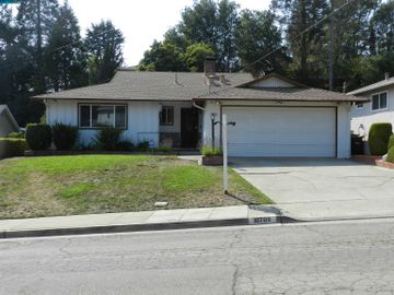 10709 Cotter St, Grass Valley, CA