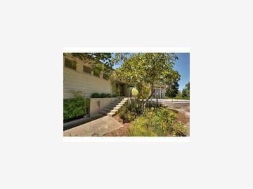111 Grove Dr, Portola Valley, CA