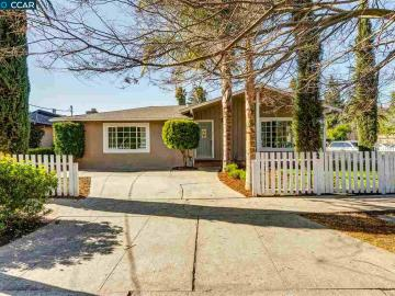 1119 Victory Ln, Meadow Village, CA