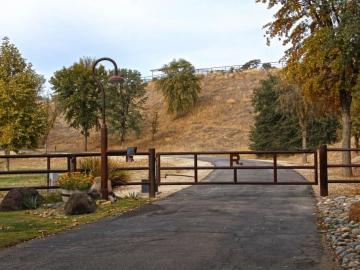 1142 San Marcos Rd, Paso Robles, CA