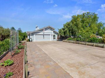 1150 Wright Rd, Hollister, CA