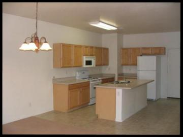 1196 S 17th St, Cottonwood, AZ, 86326 Townhouse. Photo 4 of 7