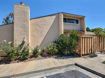 125 Connemara Way #145, Sunnyvale, CA, 94087 Townhouse. Photo 3 of 26