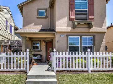 12767 Rogge Village Loop Salinas CA Home. Photo 2 of 29