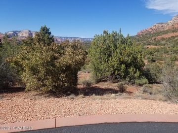 130 Desert Holly Dr Sedona AZ Home. Photo 5 of 10