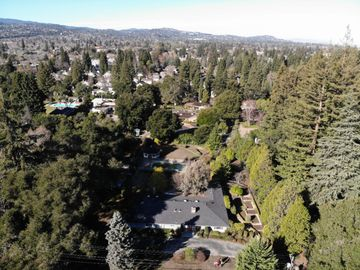 138 Selby Ln, Atherton, CA
