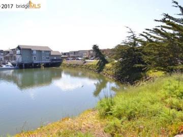 1468 Sandpiper Spit Richmond CA. Photo 3 of 6