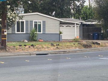 1481 Meadow Ln, Meadow Village, CA