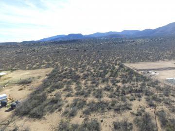 1615 E River Bend Rd, Under 5 Acres, AZ