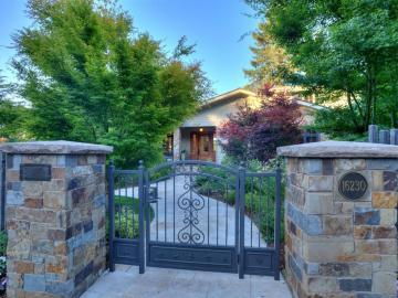 16230 Greenwood Ln Monte Sereno CA Home. Photo 5 of 40
