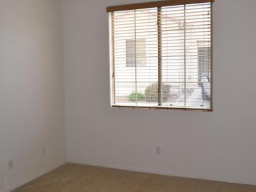 1720 Bluff Dr, Cottonwood, AZ, 86326 Townhouse. Photo 3 of 17