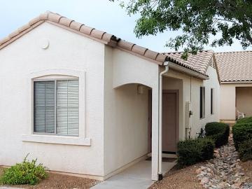 1765 Mariposa Dr, Villas On Elm, AZ