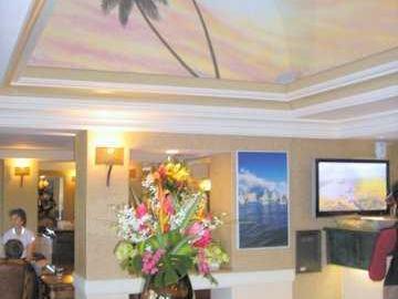 Palms At Waikiki condo #615. Photo 5 of 6