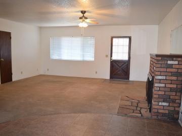 Rental 200 N Palo Verde St, Cottonwood, AZ, 86326. Photo 4 of 22