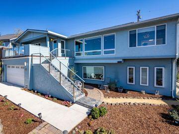 2011-2013 Carlos St, Moss Beach, CA