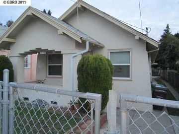 2056 40th Ave Oakland CA Home. Photo 1 of 19