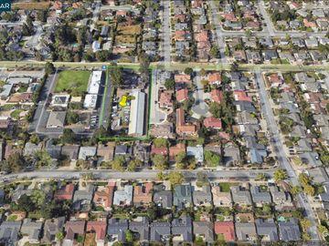 20860 Mcclellan Rd, Cupertino, CA