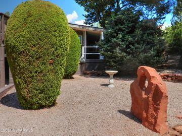 215 Harmony Dr Sedona AZ Home. Photo 2 of 15