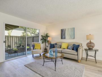 215 Red Oak Dr, Sunnyvale, CA