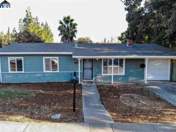 2160 Sunshine Dr, Meadow Homes, CA