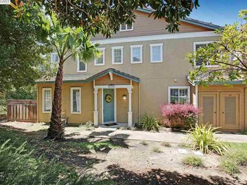 22589 Canyon Terrace Dr unit ##2, 5 Canyons, CA