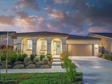 234 Cypress Ln, San Juan Bautista, CA