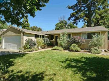 2419 Erie Dr, Holbrook Heights, CA