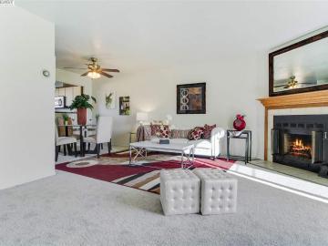 25027 Discoverer Pl, Central Hayward, CA