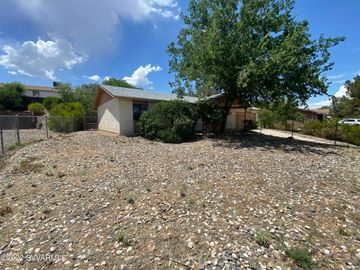 Rental 2526 Rio Verde Dr, Cottonwood, AZ, 86326. Photo 4 of 19