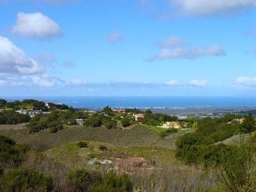 25905 Enclave Ct, Monterey, CA