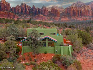 270 Canyon Dr, Oak Creek Knolls, AZ