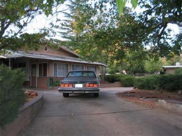 275 Harmony Dr Sedona AZ Home. Photo 2 of 4