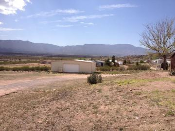 Rental 2760 S Greasewood Ln, Cornville, AZ, 86325. Photo 2 of 8