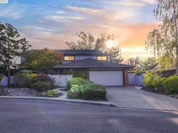 27779 Pleasant Hill Ct, The Highlands, CA