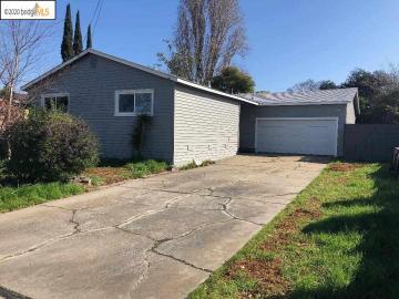 2908 Clearland Cir, Bay Pointe, CA