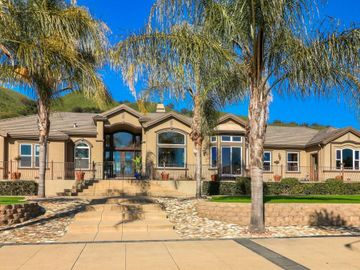 2995 Day Rd, Gilroy, CA