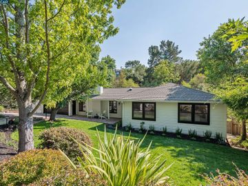 30 Meadow Park Ct, Orinda Glorietta, CA
