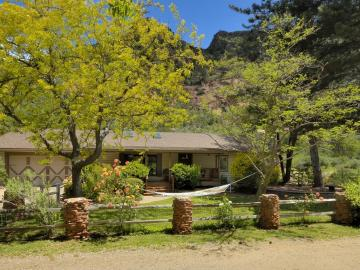 301 Baron Dr, Under 5 Acres, AZ