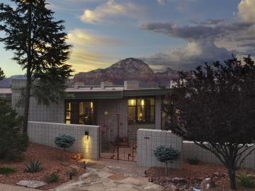 3100 Calle Del Montana Sedona AZ Home. Photo 3 of 36