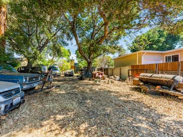 315 Lilac Ln, East Palo Alto, CA