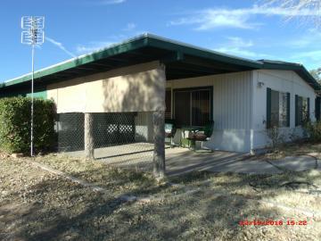 Rental 349 S El Rancho Bonito Rd, Cornville, AZ, 86325. Photo 2 of 17