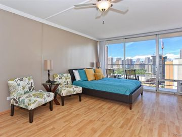 364 Seaside Ave unit #1902, Waikiki, HI