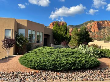 370 Merry Go Round Rock Rd, Red Rock Cove West, AZ