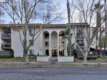 39821 Cedar Blvd unit #305, Murietta, CA