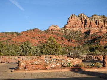 40 Gem Ct, Cathedral Rock Ranch, AZ