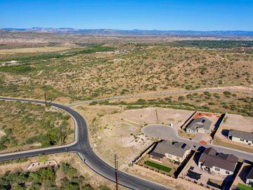 404 Powder Box Rd, Mountain Gate, AZ
